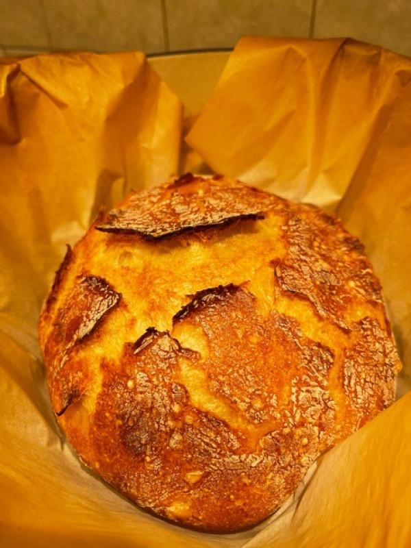 馋粗面包了。